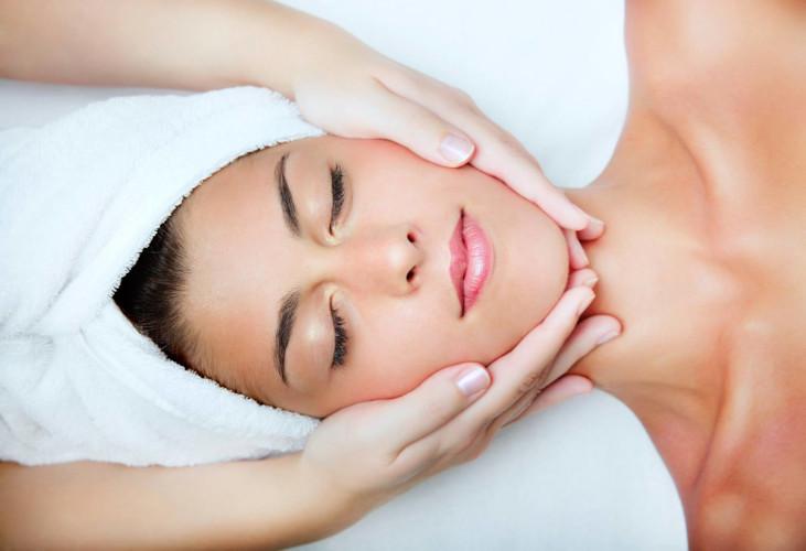 Facial-Therapy